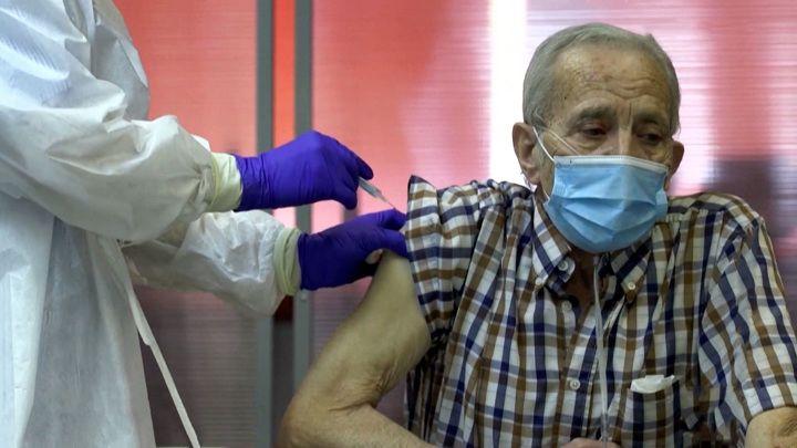 Общество: Вести в 20:00. Британия планирует засудить AstraZeneca за перебои в поставках вакцин