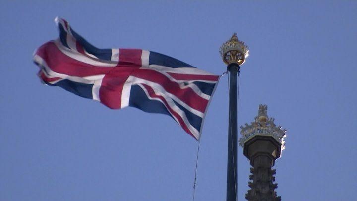 Общество: Великобритания ввела санкции против 14 россиян