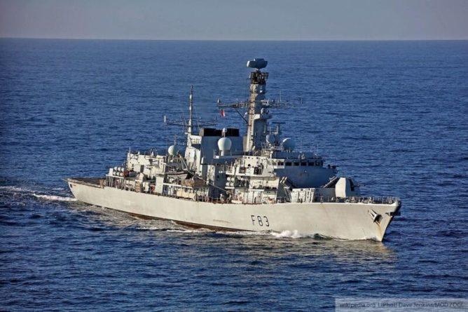 """Общество: Британцы бурно отреагировали на планы """"Большой Лиззи"""" привести в ярость ВМФ РФ"""