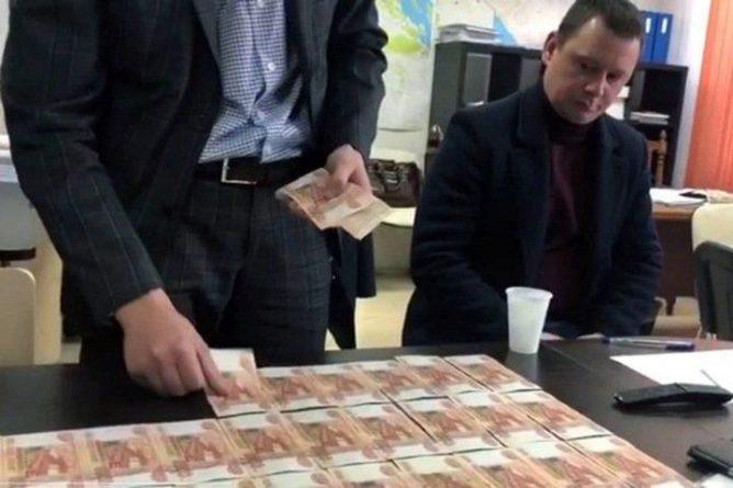 Общество: Подозревавшийся в покушении на Якова Лондона бизнесмен оказался посредником в передаче денег Проничеву и Сальникову