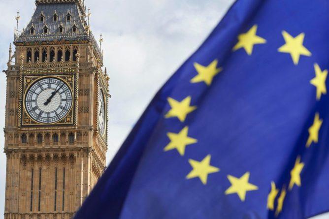 Общество: Европарламент утвердил торговый договор между ЕС и Британией после Brexit
