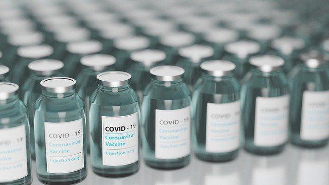 Общество: В Британии заявили о новых случаях тромбах после укола AstraZeneca и мира