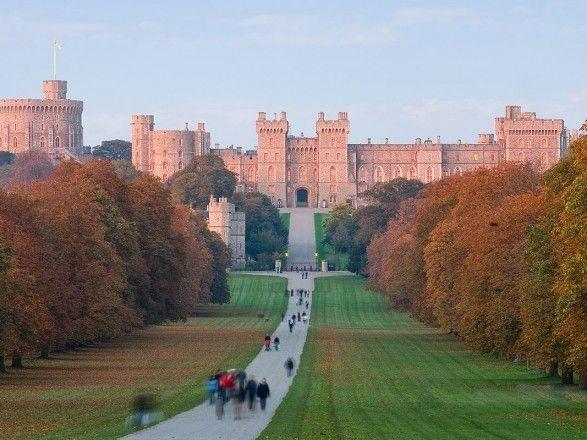Общество: Полиция Великобритании объявила, что задержала пару, которая прокралась в Виндзорский замок