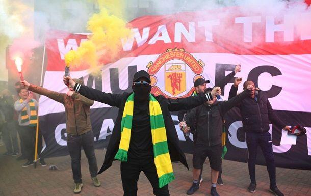 Общество: Матч МЮ с Ливерпулем перенесен на другой день