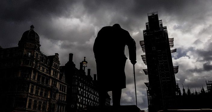"""Общество: Донимают """"русские тролли"""": Британия зовет всех к изнуряющей борьбе"""