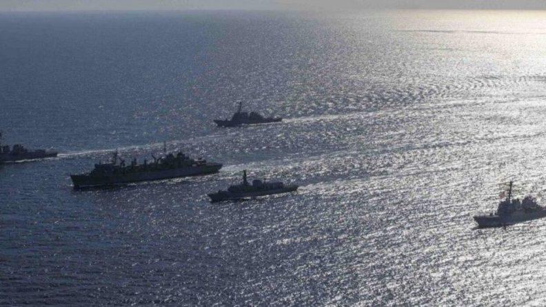 Общество: Американский адмирал назвал сигналом КНР поход ВМС Британии в Южно-Китайское море