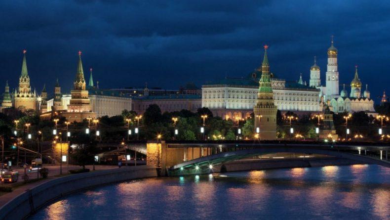 """Общество: Глава МИД Великобритании призвал Москву """"изменить свое поведение"""""""