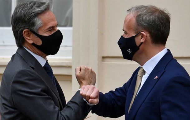Общество: США и Британия заявили об общей поддержке Украины