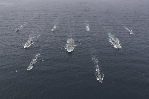 Общество: Портал Avia.pro: Россия может провести учения против крупнейшей за 40 лет флотилии Великобритании