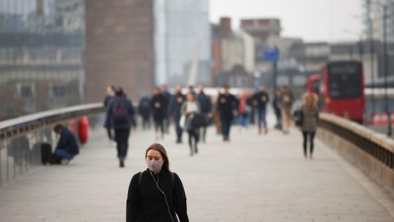 Общество: За сутки в Британии выявили почти 2 тысячи случаев коронавируса
