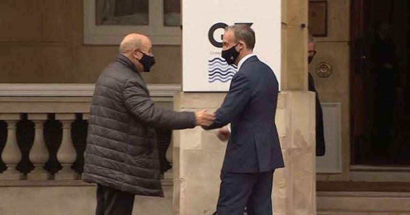 Общество: Главы МИД Великобритании и Франции обсудили борьбу с нелегальной миграцией