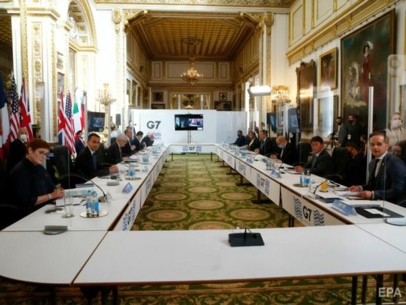 Общество: Делегация Индии на саммите G7 в Лондоне ушла на самоизоляцию из-за двух случаев COVID-19