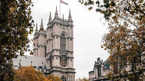 Общество: Великобритания частично разрешит въезд туристам