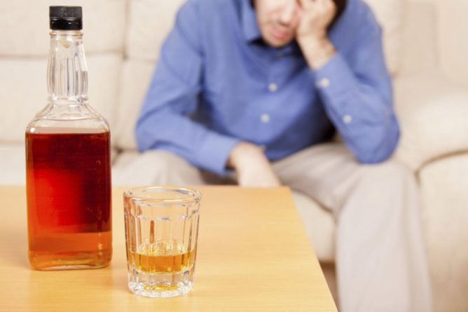 Общество: В Британии зафиксировали рекордно высокий уровень смертности от алкоголизма