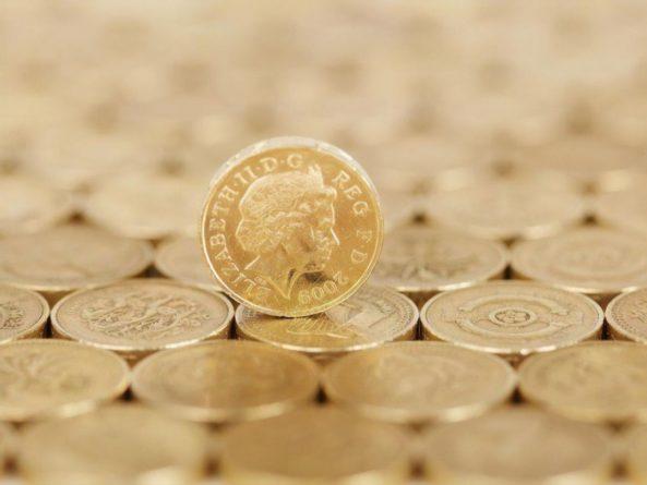 Общество: В одном из округов Великобритании победителя выборов определили броском монеты