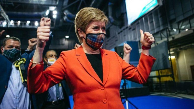 Общество: В Шотландии выборы разгромно выиграла партия сторонников независимости от Британии