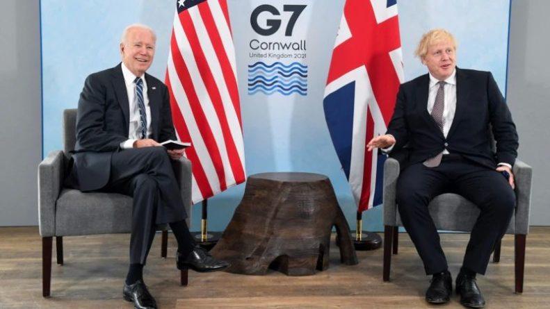 Общество: Байден проводит встречи в Великобритании