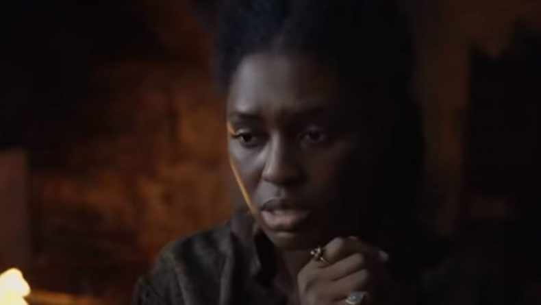 """Общество: Сериалу """"Анна Болейн"""" с темнокожей королевой Англии обнулили негативные оценки"""