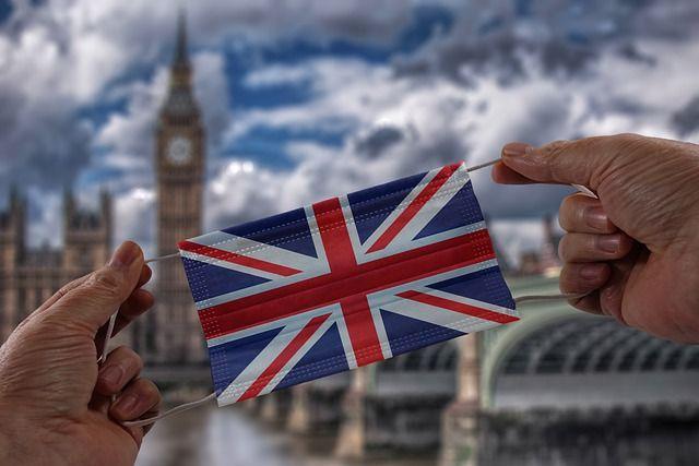 Общество: В Британии зафиксировали наибольшее с февраля число новых случаев COVID и мира
