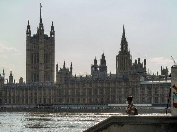 Общество: Борис Джонсон не считает ложью информацию британской стороны об инциденте с эсминцем Defender