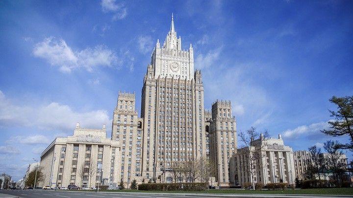 Общество: Посол Британии прибыла в МИД РФ из-за инцидента в Черном море
