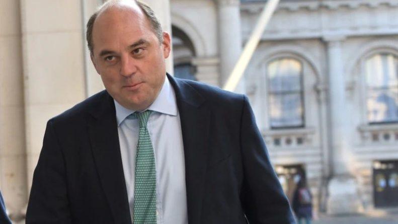 Общество: Великобритания заявила, что не допустит незаконного вмешательства в мирный проход судов