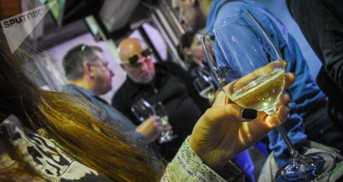 Общество: Грузинские виноделы покоряют Великобританию