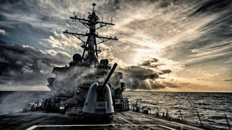Общество: В Германии обрушились с обвинениями на ВМС Британии после инцидента в Черном море