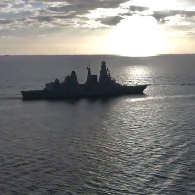 Общество: Решение о проходе эсминца Defender вблизи Крыма принял Борис Джонсон