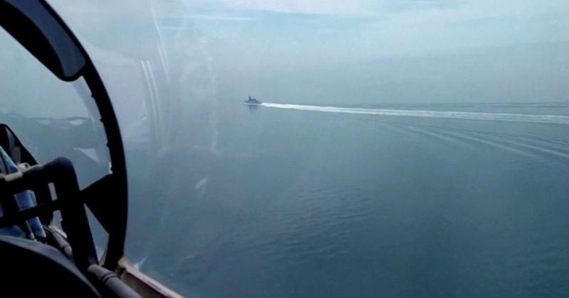 Общество: МИД: Лондон и Вашингтон пытаются исказить ситуацию с эсминцем Defender