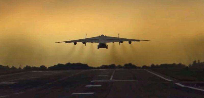 """Общество: Мощь Ан-225   """"Мрія"""" сдула забор с людьми при взлете с авиабазы в Британии. Обвинили """"русских"""" – видео"""