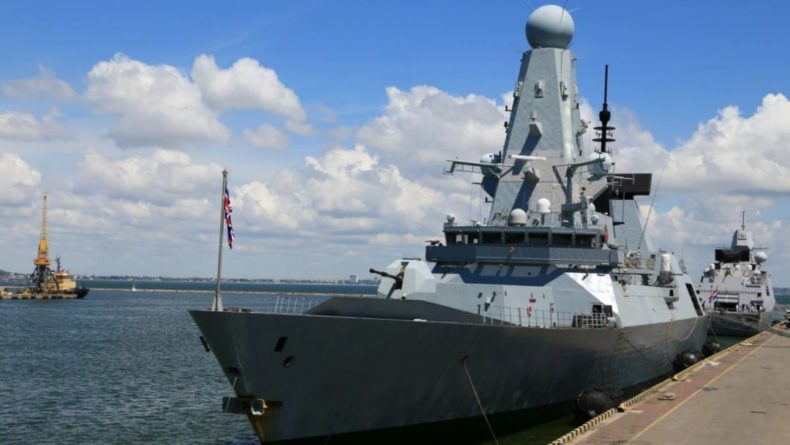 Общество: СМИ: решение о проходе британского эсминца рядом с Крымом принял Джонсон