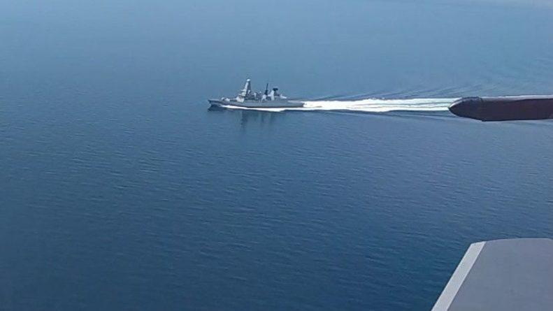 Общество: В МО назвали действия эсминца Британии в Чёрном море эпическим фиаско