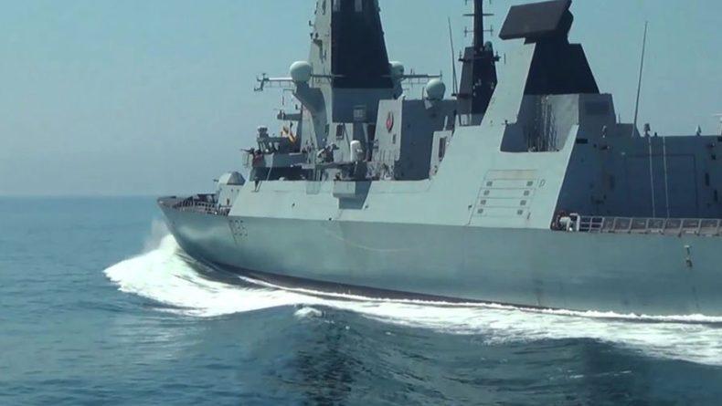 Общество: В Минобороны призвали США и Британию «не испытывать судьбу» в Черном море
