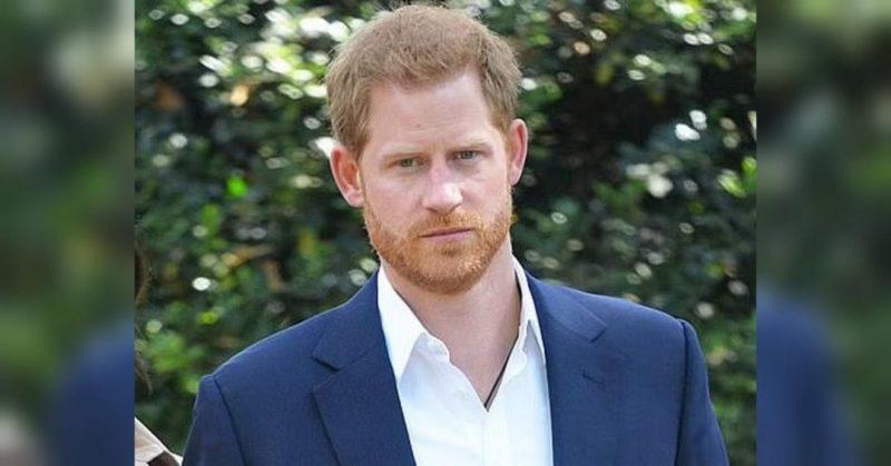 Общество: Принц Гаррі прилетів до Лондона