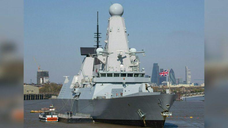 """Общество: Баранец рассказал, чем для Лондона обернется """"пиратская выходка"""" с эсминцем Defender"""