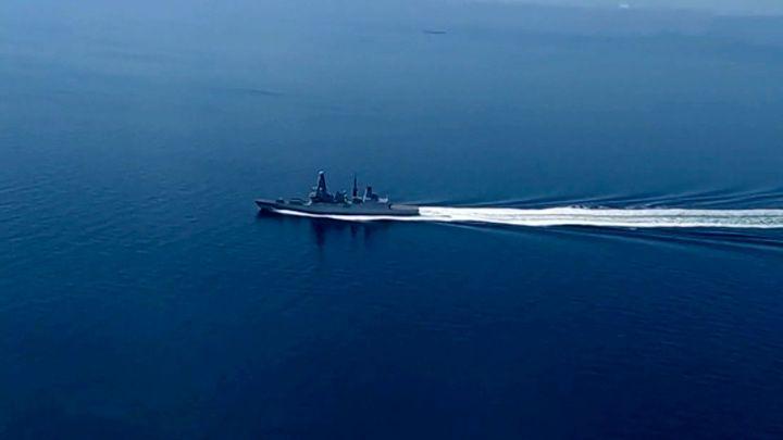 Общество: После провокации с эсминцем Defender в Великобритании опасаются эскалации