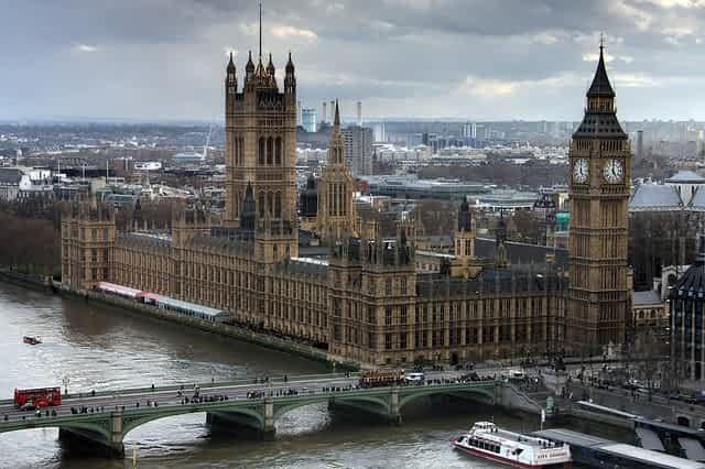 Общество: Лондон накрыл мощный торнадо и мира