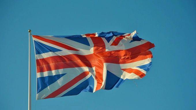 Общество: Начальник Генштаба Британии заявил, что инцидент с эсминцем мог создать риск эскалации