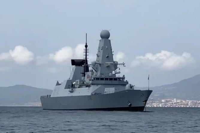 Общество: Полудохлые пьянчуги: британцы высказались о русских после инцидента с эсминцем