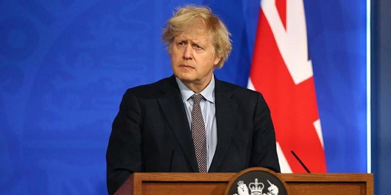 Общество: Джонсон отказался уволить оказавшегося в центре скандала министра