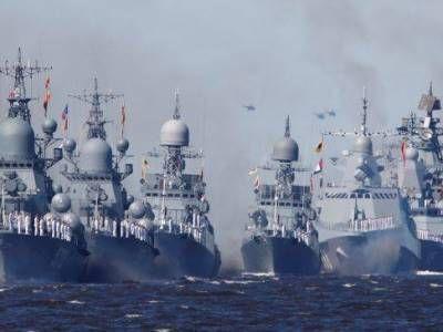 Общество: ВМФ России проводит учения рядом с авианосной группой Великобритании