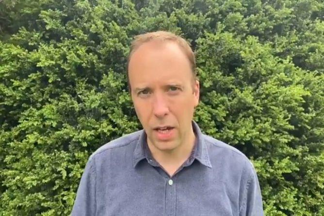 Общество: Глава Минздрава Британии ушел в отставку