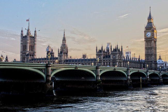Общество: В Великобритании министр попался на нарушении коронавирусных ограничений