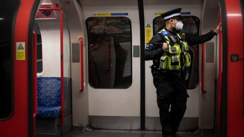 Общество: Взрыв произошел у станции метро в Лондоне — видео