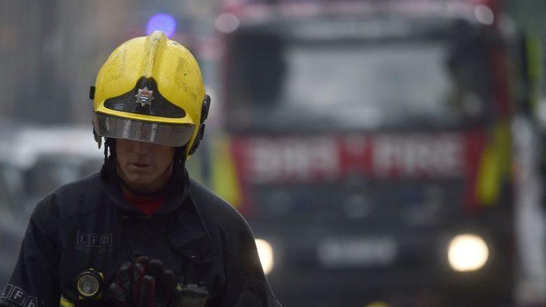 Общество: В центре Лондона начался сильный пожар