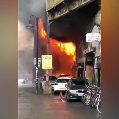 Общество: Пожар в Лондоне у станции метро локализован
