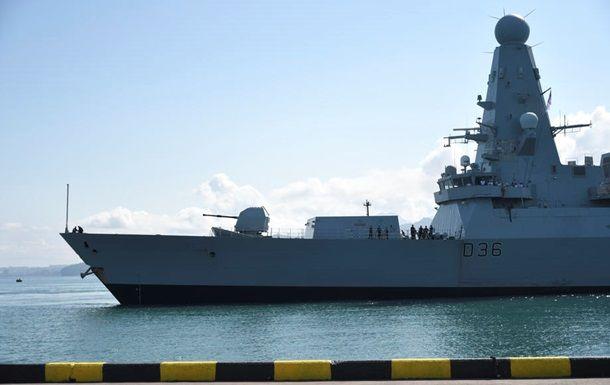 Общество: Министр обороны Британии извинился за потерю документов об эсминце у Крыма