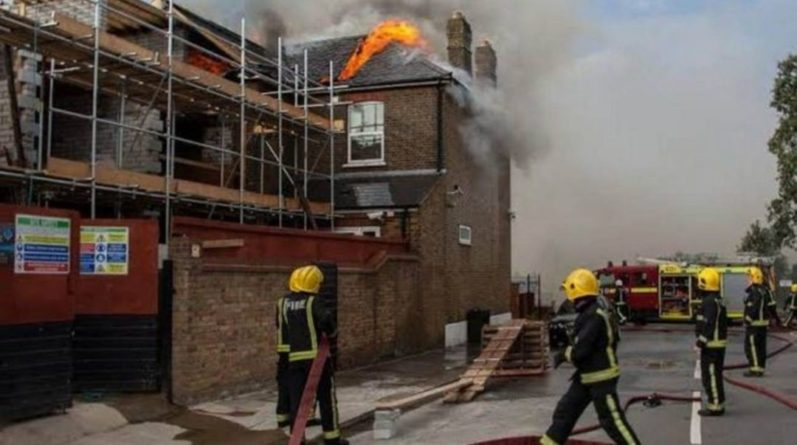 Общество: Пожар в центре Лондона: увеличилось число пострадавших