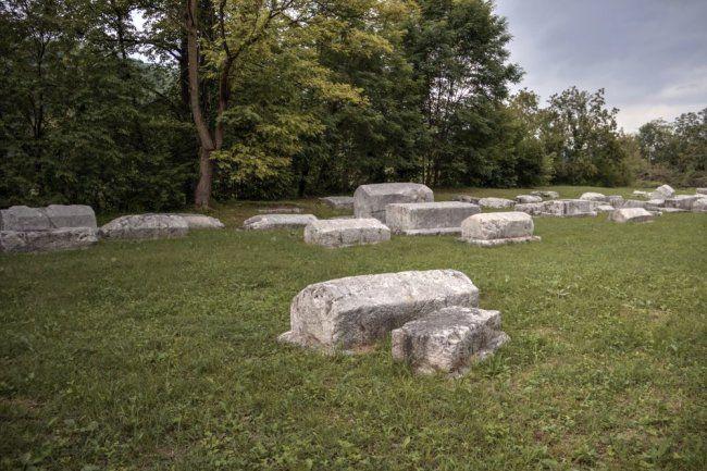 Общество: В Британии найден необычный двойной саркофаг времен Христа